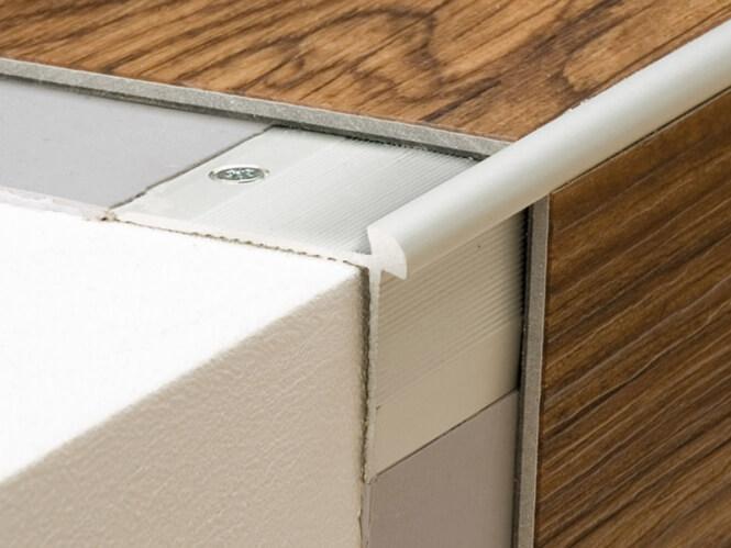 treppenkantenprofil 40 x 26 prinz pr tkp187 treppenrenovierung treppensanierung. Black Bedroom Furniture Sets. Home Design Ideas
