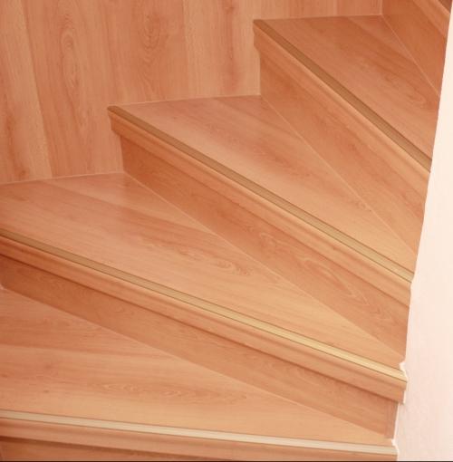 Treppengeländer Welches Holz ~ Leipzig treppenrenovierung, Treppensanierung von Tresabo, Nr 1 in